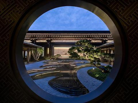 有一种诗情画意叫园林庭院,700㎡中式大宅,入户便是雕梁画栋