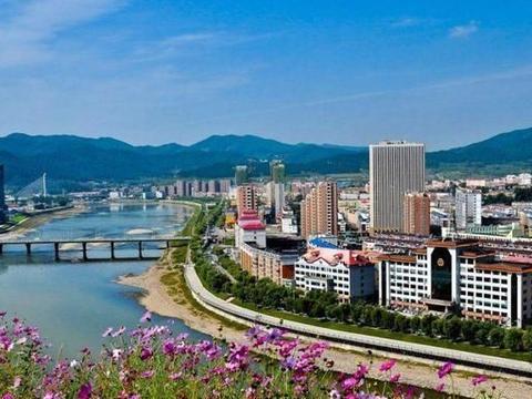 """吉林一由通化代管的县级市,被称""""东北小江南"""",或将撤市设区"""