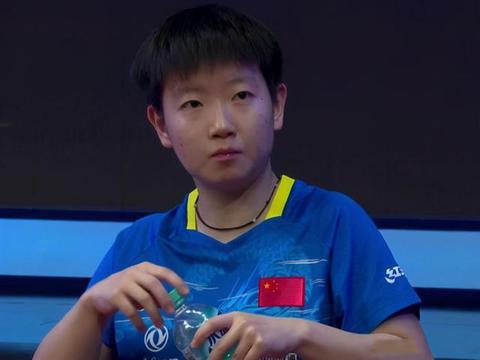 陈梦拿下女单冠军,被质疑孙颖莎王曼昱故意输球,助她完成四连冠