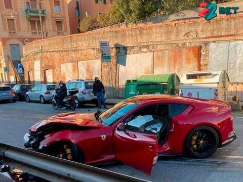 损失上百万,前意大利队球员的法拉利812被洗车工撞毁