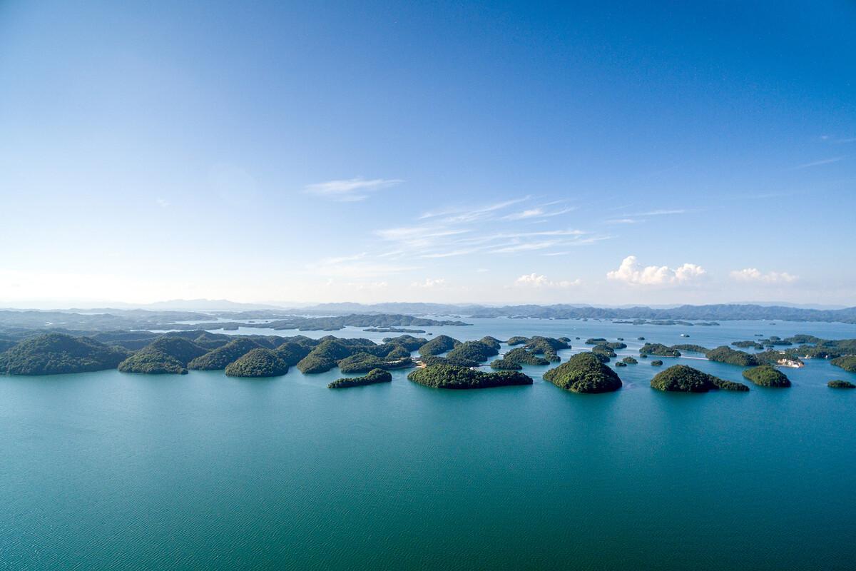 江西一处国家重点风景名胜区湖泊,属国家一级水质一级空气