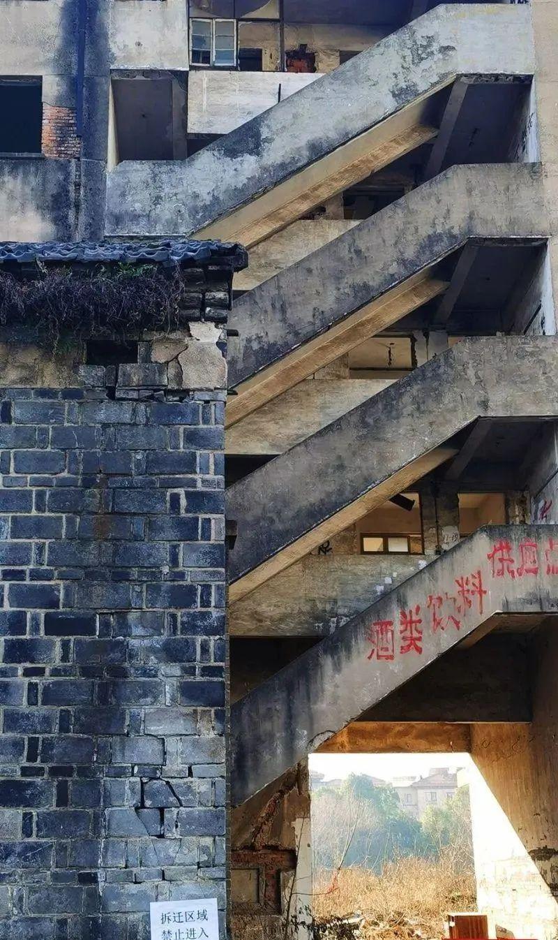 """惊奇!绍兴这两幢旧楼,竟意外成 """"网红摄影地""""?"""