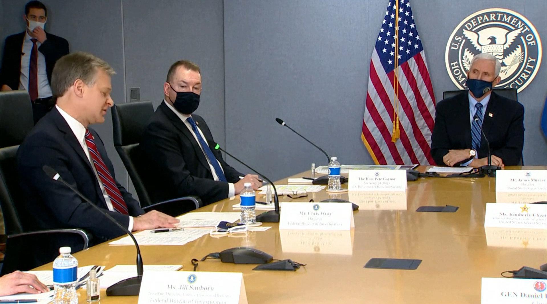 彭斯和FBI会议对话公开 :全美或爆发武装抗议 2万国民警卫确保安全