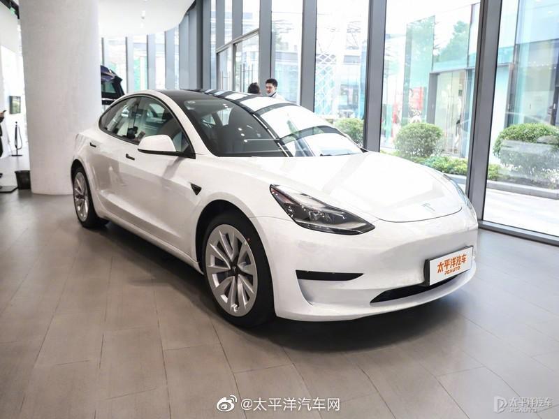 1月15日,特斯拉官方宣布,新款国产Model 3正式开始交付……