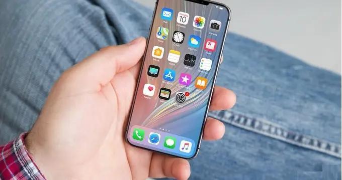 iPhone SE 3曝光:这次是全面屏