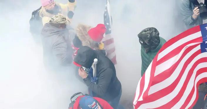 美国联邦调查局已逮捕100多名华盛顿骚乱参与者