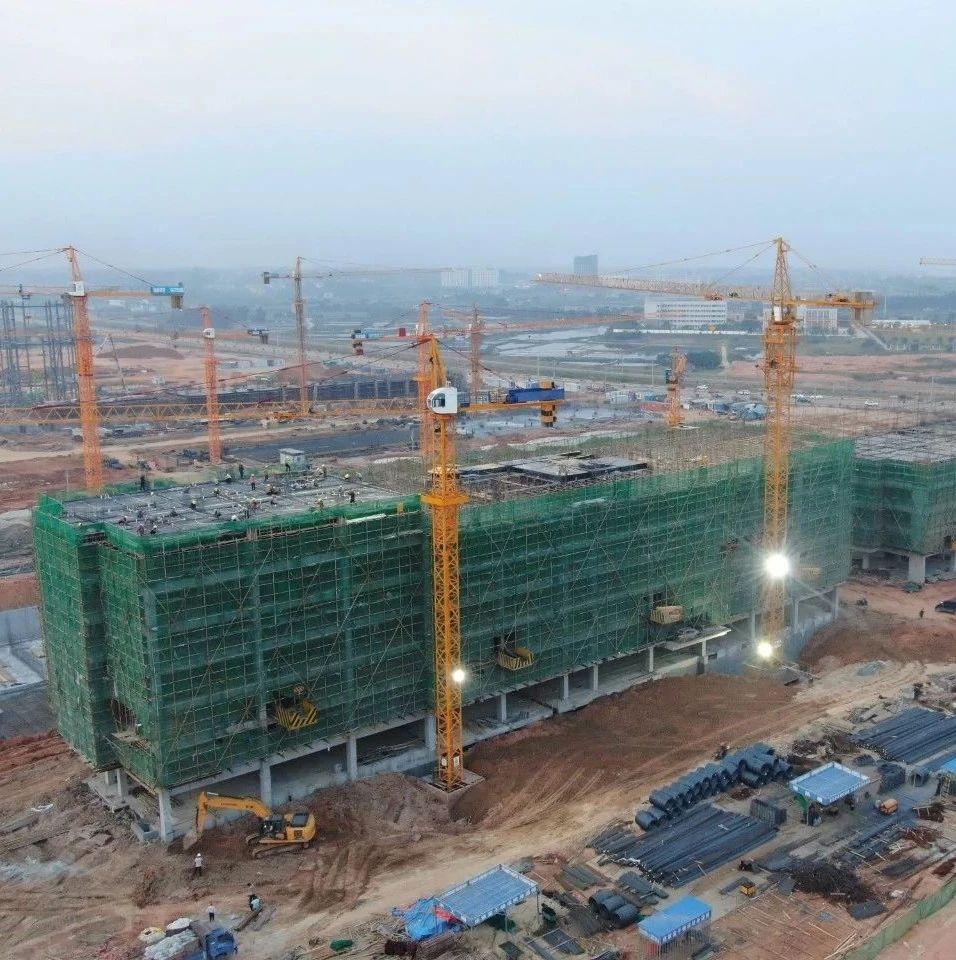 蔡锦军接受《广西日报》专访:奋力打造向海经济