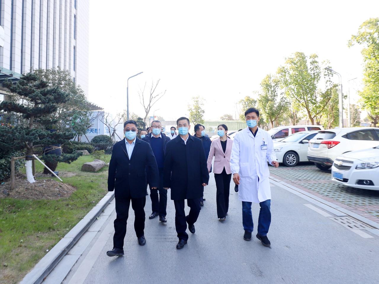 南浔区委书记杨卫东检查冬春季新冠肺炎疫情防控应对工作