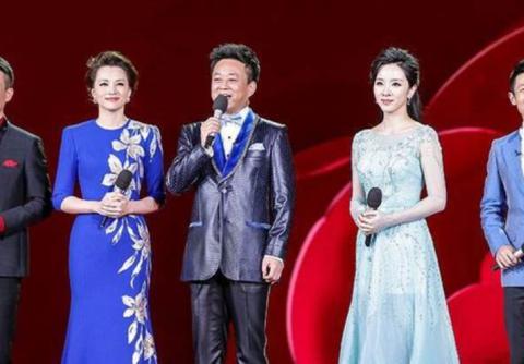 央视春晚再换主持人:刘涛王一博或加盟?语言类节目数量创新高