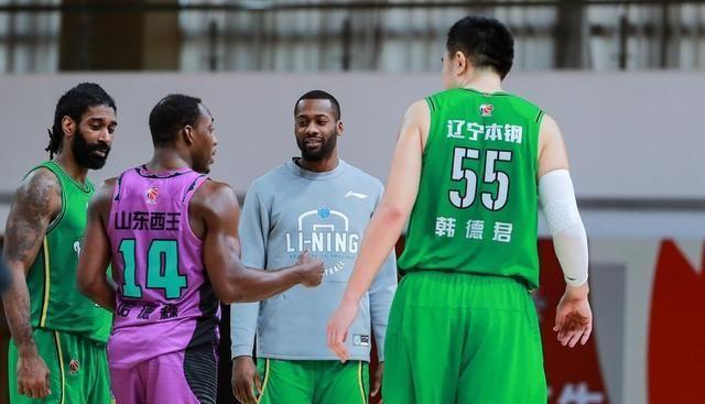 杨鸣引新外援有三候选人,张镇麟入选国家队,辽篮进攻火力超广东