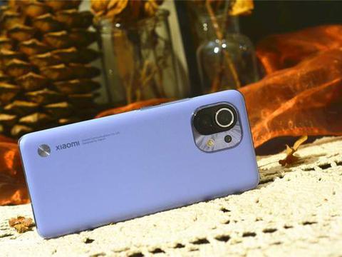 小米11销量真猛,国内高端市场仅次于iPhone 12