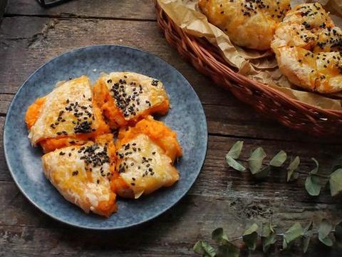 手抓饼的创意吃法,只需10分钟,酥脆香甜馅料丰富