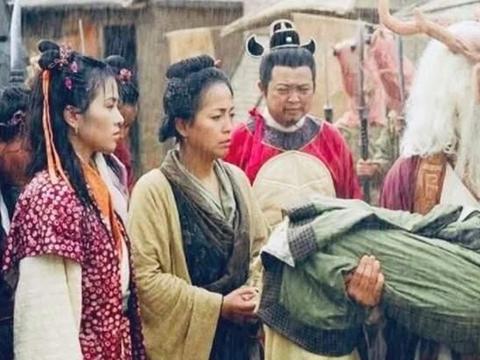 叶璇自曝跟胡杏儿被苑琼丹苛待,十年后才明白对方苦心