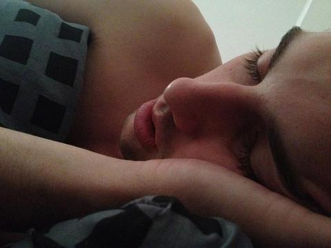 睡觉后眼屎特别多是什么原因?