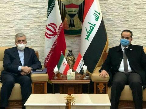 伊拉克与伊朗终于站在一起:美国人终于明白,搬起石头砸自己的脚