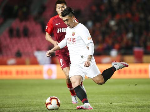 足球报:石柯将随鲁能前往广州集训 卡达尔可能无法报名