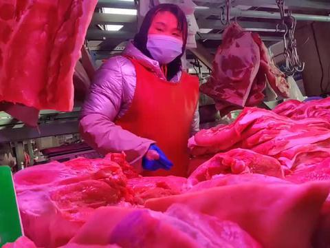 北京大洋路批发猪肉厅,一问价格大幅上涨,多家商户价格略有不同