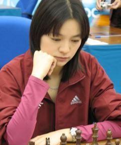 国际象棋冠军诸宸,不顾反对执意远嫁卡塔尔,婚后生两个女儿