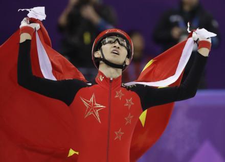"""绯闻女友正面威胁中国奥运冠军,她要""""放锤""""了"""