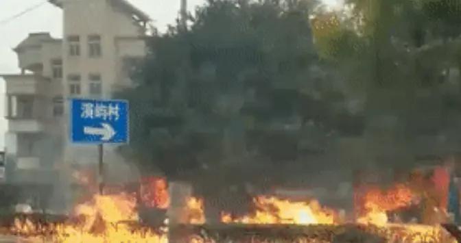 福州长乐一家超市附近燃气管道突发爆炸,一女子不幸身亡