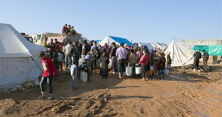 史上最大规模遣返!希腊要求1442名难民立即离境