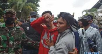 印尼地震死亡人数升至42人「图」