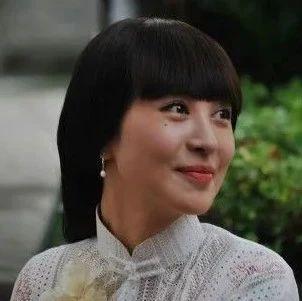 黄晓明退出浪姐后,李菲儿昔日采访被挖:能让Angelababy在意10年,她的段位有多高?