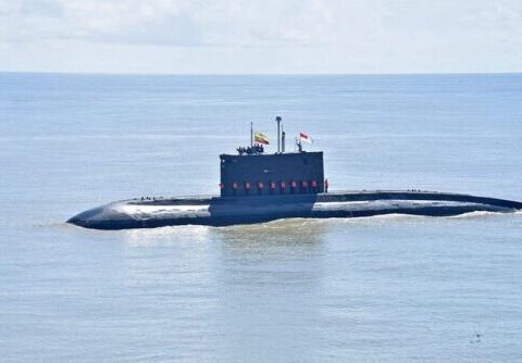 印度给缅甸大修旧潜艇,为何自己的要找俄罗斯修?不死自己人敢上
