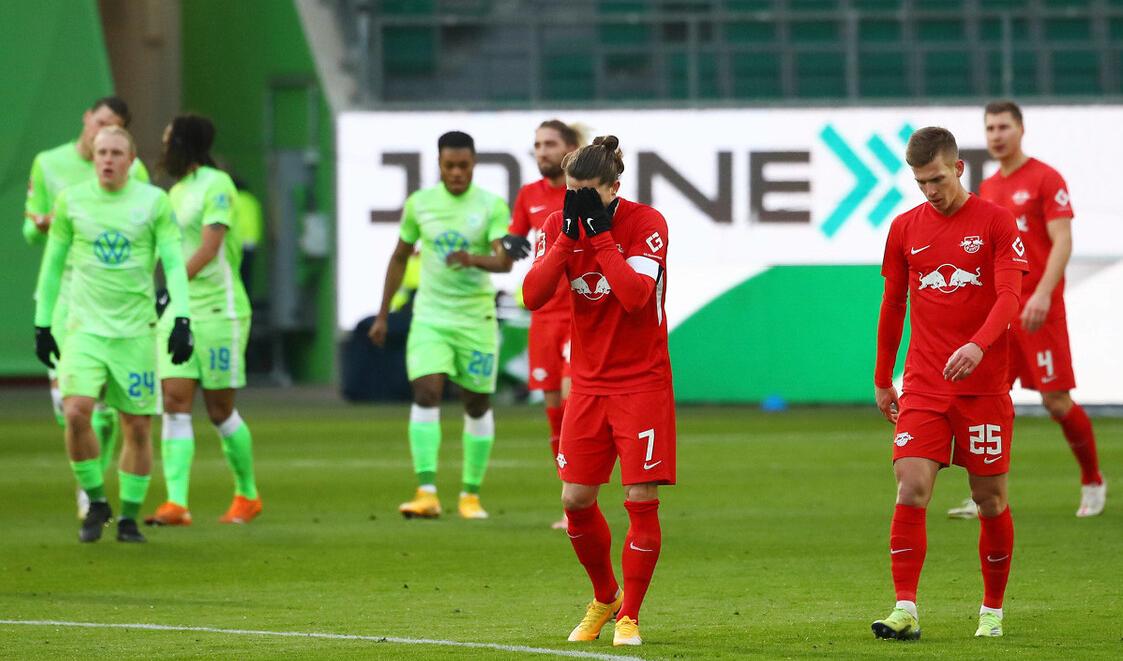 德甲最新积分榜:莱比锡和多特蒙德都丢分,门兴补时惨遭绝平