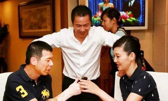30年前,徐帆到底做了什么,竟被男友王志文赶出了家门?