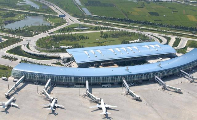 中国迷你的地级市,陆地面积10平里只有3000人,却坐拥8座机场