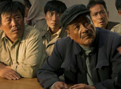 《山海情》与《紧急公关》:精明李大有和商人都是他演,入木三分