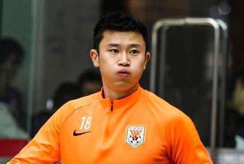 为什么新赛季泰山队的教练团队,需要周海滨,韩鹏和宿茂臻加入?