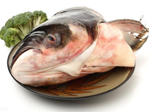 川菜剁椒鱼头,掌握这几步几步骤,味道非常麻辣下饭菜