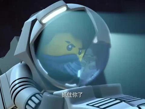 乐高幻影忍者:飞船驶进彗星尾,碎片实在太多了,情况十分危险