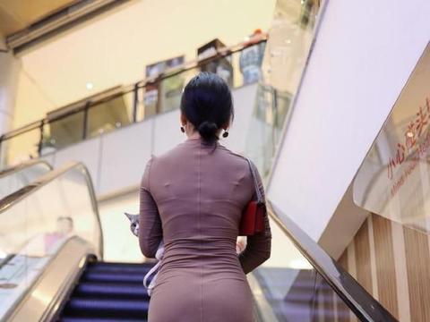 非常养眼的淑女气质穿搭,看背影就已经让人一眼万年