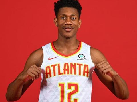 NBA又一优质小前锋横空出世,完美3D球员