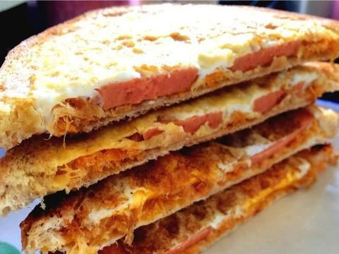 三明治的两种做法,味道不同,但香味的享受却相同