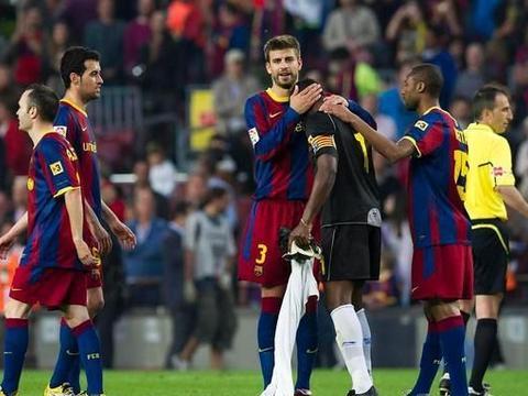 巴塞罗那vs毕尔巴鄂竞技,巴萨夺首冠?