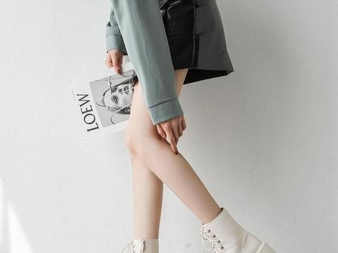 """马丁靴大势已去,今冬流行的是这对""""奶酪靴"""",配大衣好抢眼时髦"""