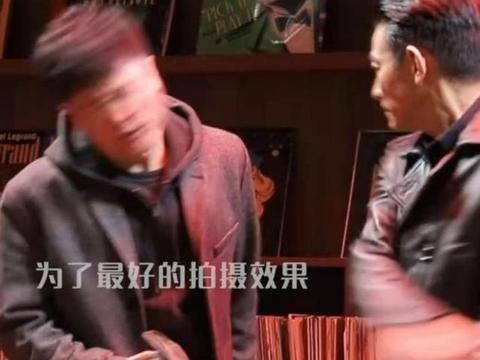 肖央拍戏被刘德华连扇36下响巴掌,脸都被扇肿,下戏后对方忙道歉