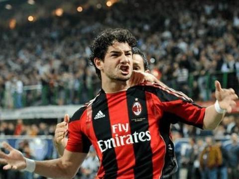 帕托喊话米兰:希望能回米兰踢球,愿给伊布替补,工资不是问题!