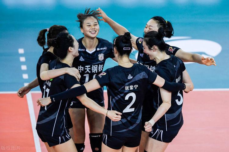 半决赛创两项联赛纪录,上海女排有强援,江苏女排依然赢球