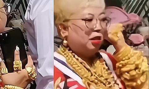 核酸检测时,青岛阿姨身上布满了金饰