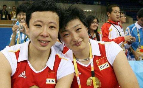 昔日中国女排队长冯坤,为何不顾所有人反对,嫁给大一轮泰国人?