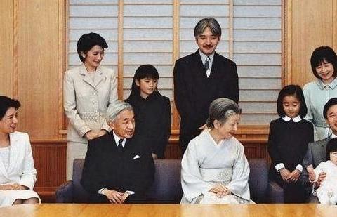 为了保持血液的纯净,日本王室仍然维持近亲结婚