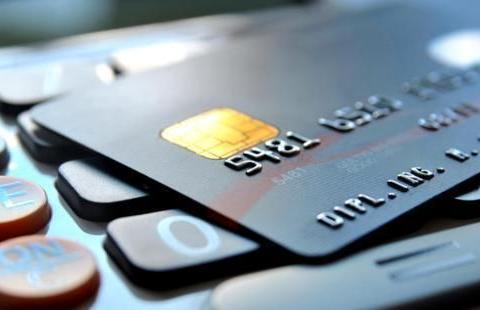 """央行宣布新规,银行信用卡有新变化,""""花呗""""却还是难被取代?"""