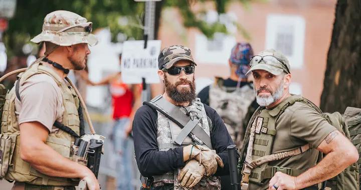 特种小队进入华盛顿,全美50州拉响警报,2万美军做好战斗准备