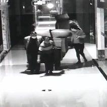 长沙红星美凯龙价值十万家具被盗!嫌疑人竟是商场保安!