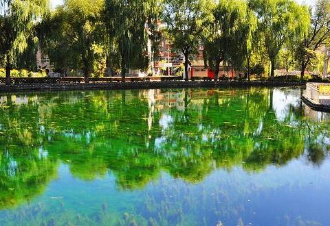 """我国最""""迷你""""湖泊,面积只有15平方米,还曾打破吉尼斯世界纪录"""